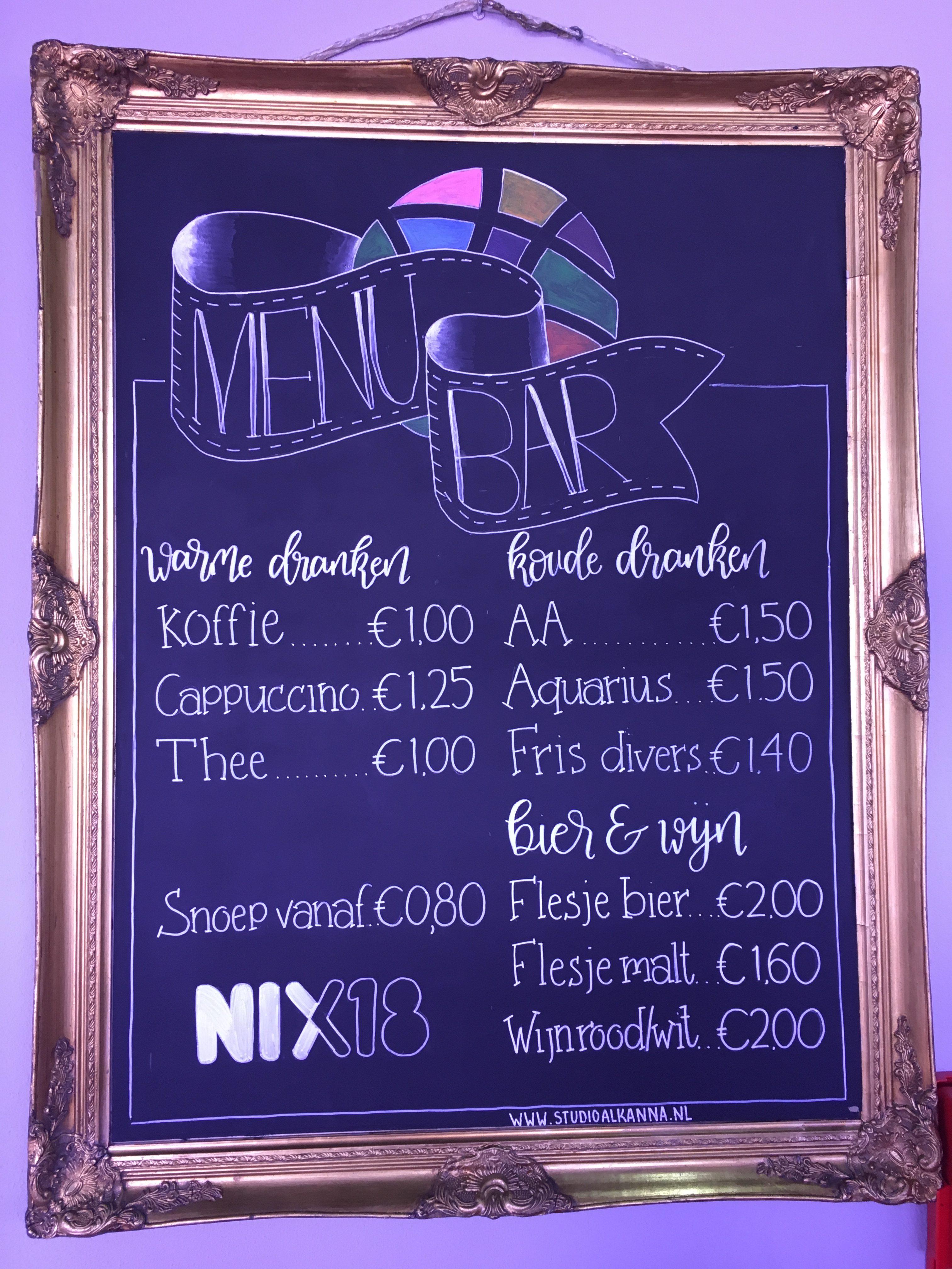 Horeca krijtbord met kleur en NIX18 logo