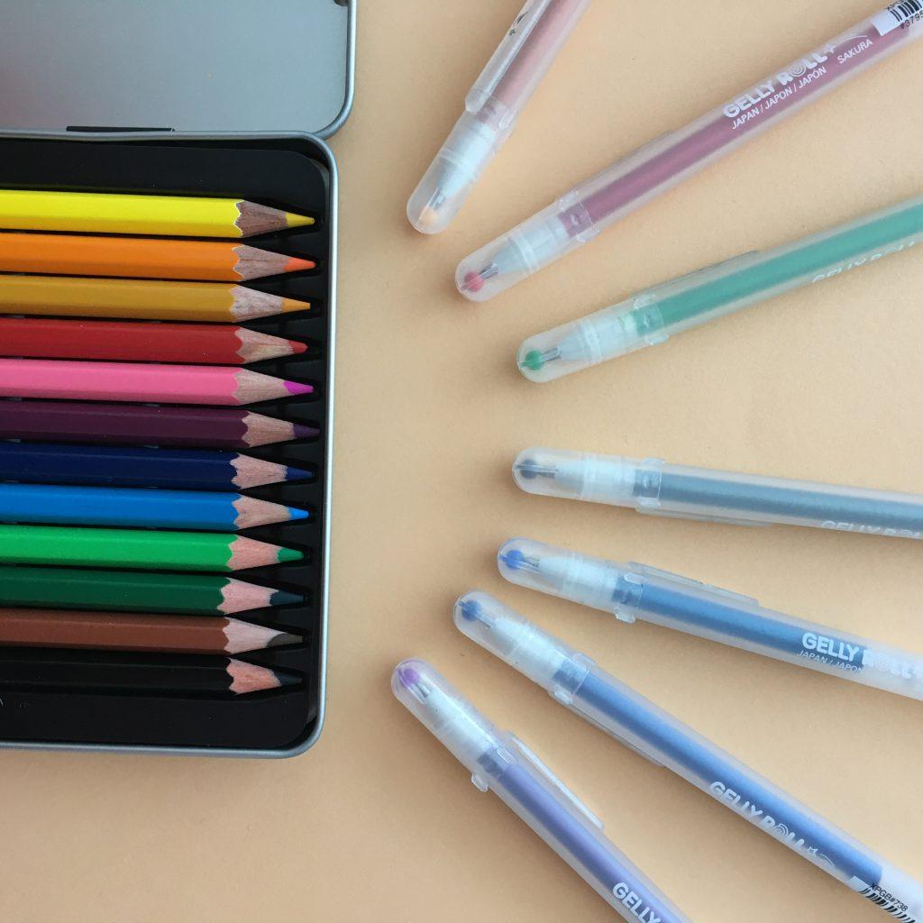 Kleurpotloden en gelpennen